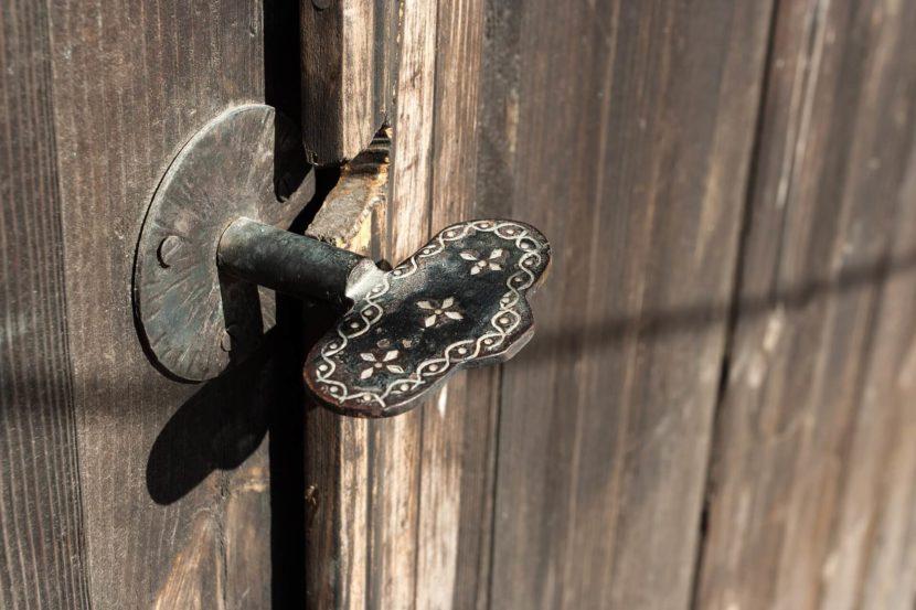 deurkrukken monteren