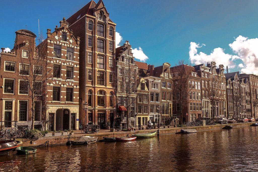 verhuizen naar amsterdam